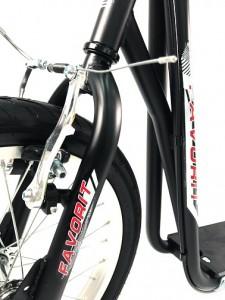 Самокат Favorit FSC-1601 (черный)