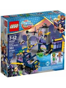 Лего 41237 Секретный бункер Бэтгёрл Lego Super Hero Girls