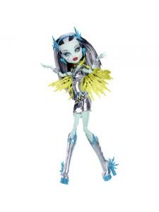 Кукла Monster High Фрэнки Штейн Супергерой BBR88