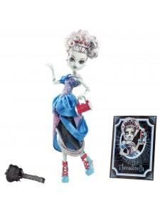 Кукла Monster High Фрэнки Штейн Удивительные сказки X4486